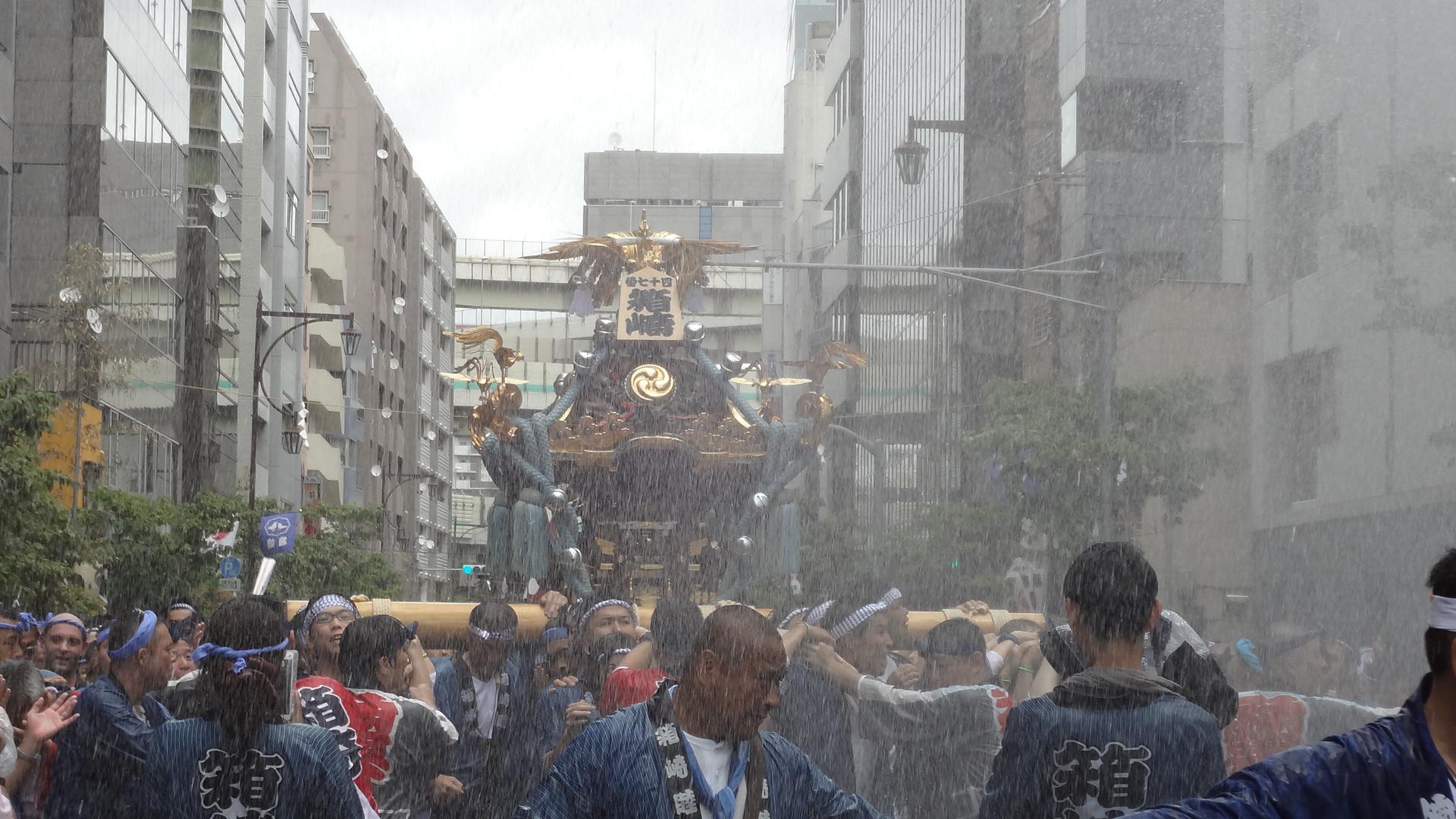 富岡八幡宮の例大祭