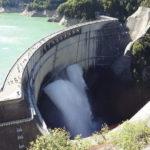 【黒部ダム】巨大なダム湖と迫力満点の放水!