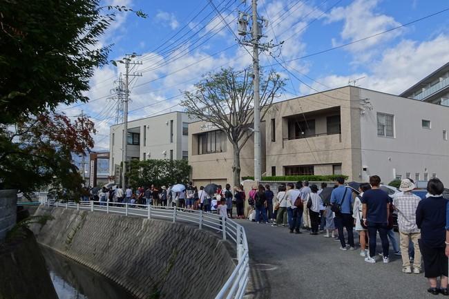 松本調理師製菓師専門学校の行列